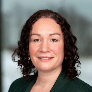 Laura Stoker